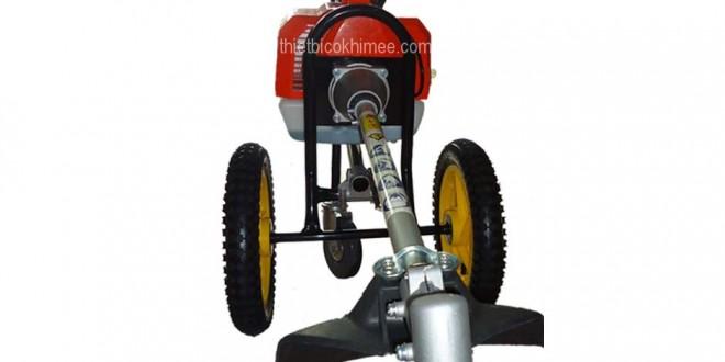 Máy phát cỏ có bánh xe đẩy Dinyi TB430 tiện dụng giá rẻ